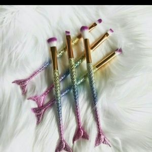 ⛤⛤SALE⛤⛤6 Piece Mermaid Fishtail Brush Set